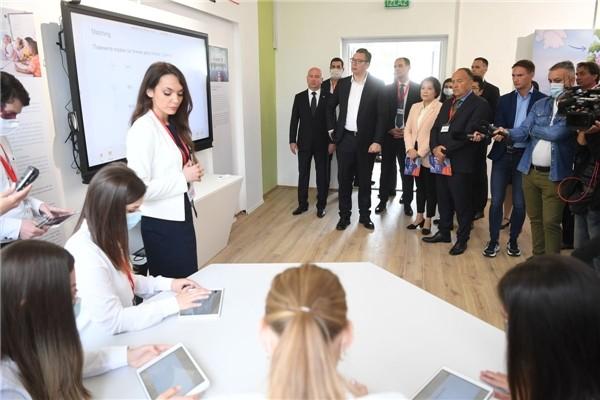 网龙助力塞尔维亚国家教师教育信息化国培计划开展